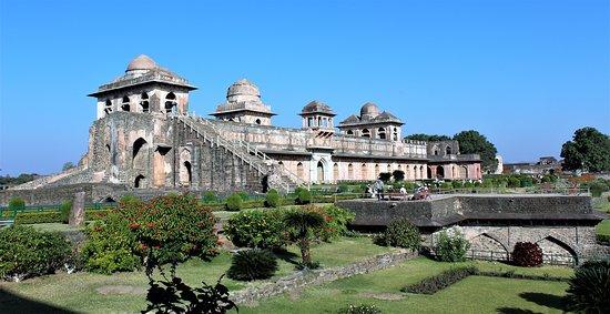 Mandu, superbe palais du prince Baz Bahadur