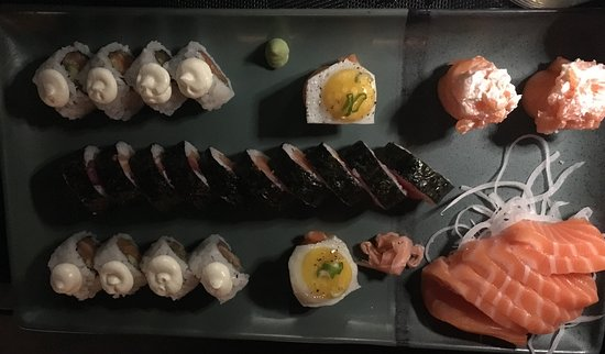 Sant'Agata li Battiati, อิตาลี: Cena al Nuk, relax e cena fantastica!
