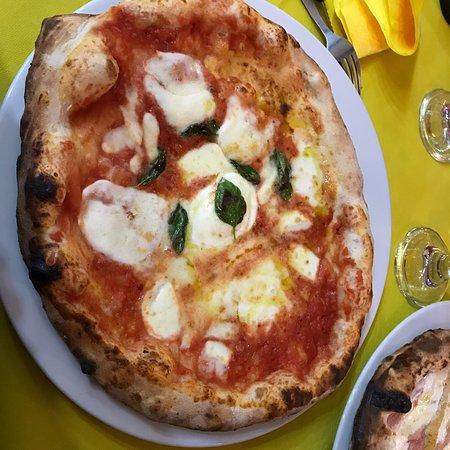 Pizzeria Pulcinella di Salvo Salvatore – kép