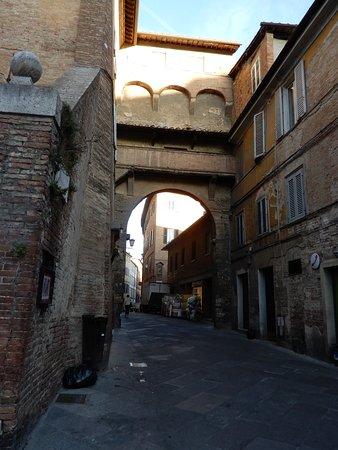 Arco di San Maurizio