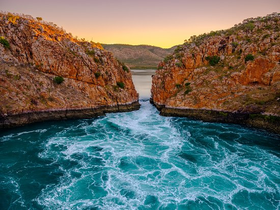 Go Horizontal Falls Tours