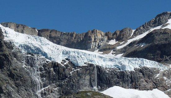 Lanzada, Italie : Vedretta Orientale del Ghiacciaio Fellaria in Alta Val Malenco sopra il Rifugio Bignami (Mt. 2.401)