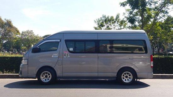 บริการรถตู้ วีไอพี รับและส่งสนามบิน กับท่องเที่ยวทั่วไทย