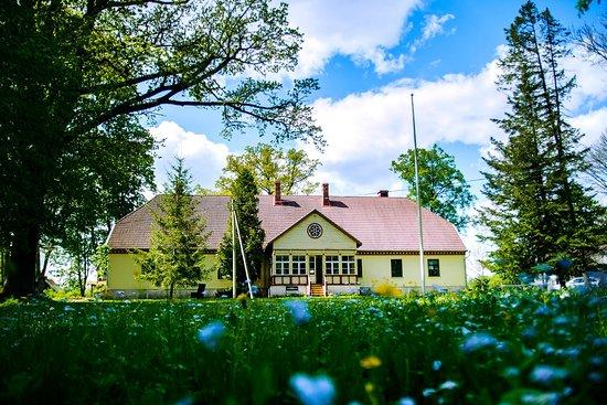 Helme Parish Museum
