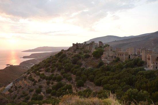 Vathia, Greece: tramonto