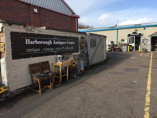 Harborough Antiques Centre