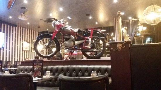 Le Bureau Restaurant Lyon : Au bureau lyon rue de la navigation restaurant reviews