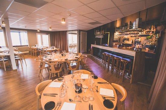 Lovund, Norwegia: Restaurant and bar