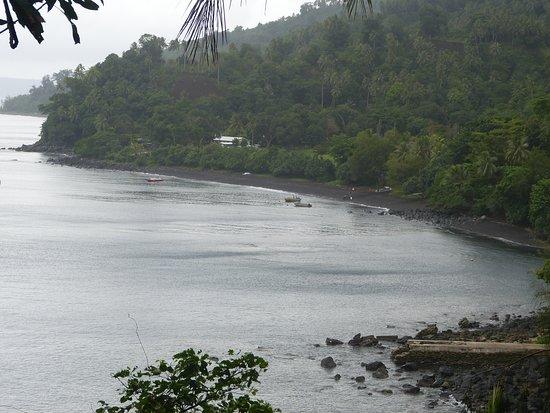 Паама, Вануату: Black beach at Liro Village