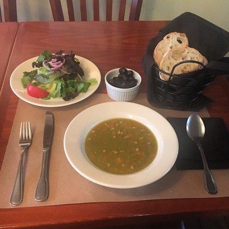 Rossitto's Ristorante: Split pea soup