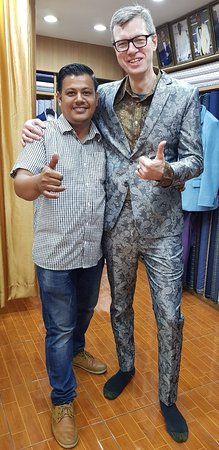 Tony Tailors: Best quality Tailor in Night Bazaar Chiang Mai