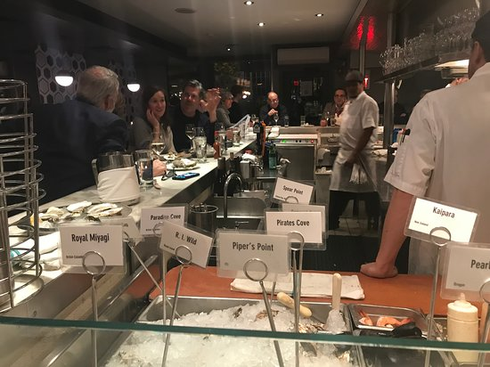 B & G Oysters: counter view