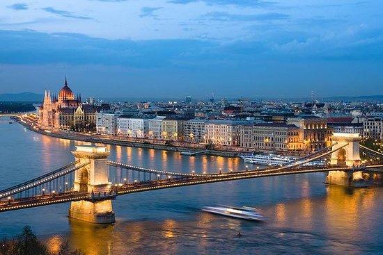 Dîner-croisière de gala à Budapest...