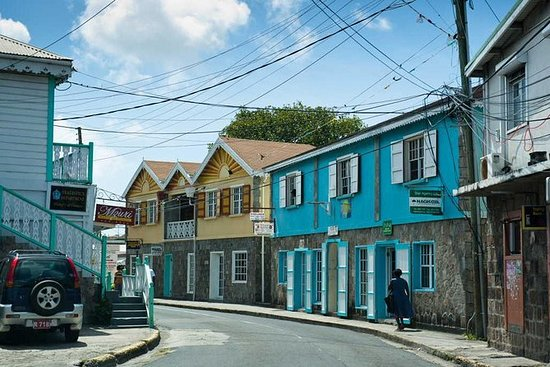 Tour Queen City Nevis Island
