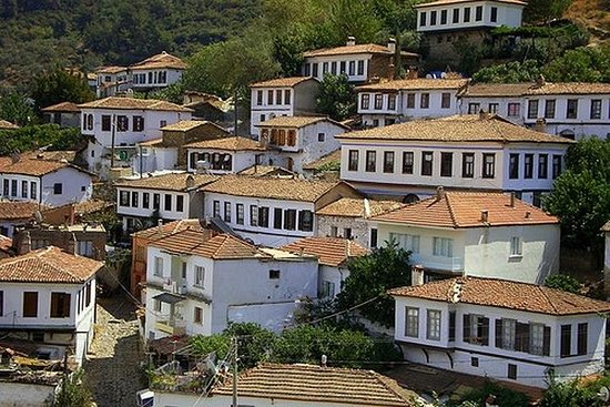 Smak av Tyrkia: Sirince Guided Day Tour...