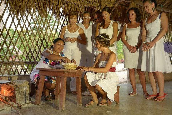 Serata cerimoniale dei Maya