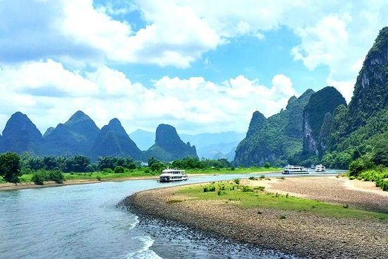 1-Day Li River Cruise to Yangshuo...