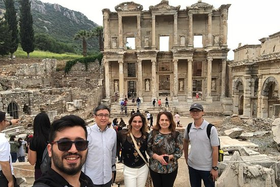 8-Hour Ephesus Sightseeing Tour with...
