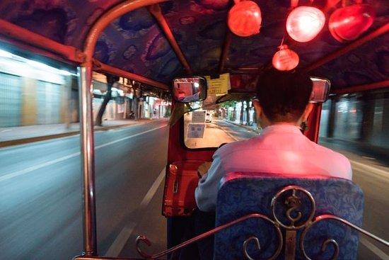 Tuk Tuk Tour i Chiangmai om natten