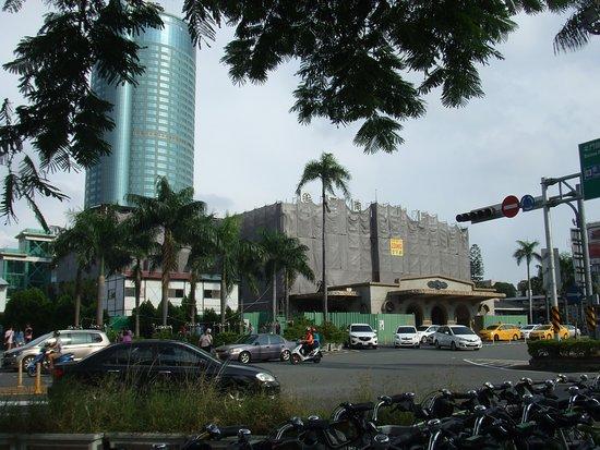 Tainan Station: 台南駅
