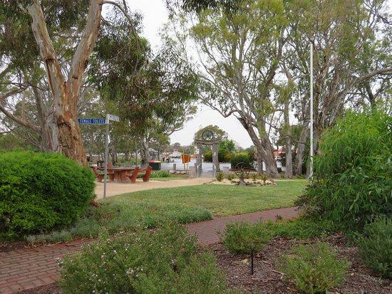 Tolmer Park