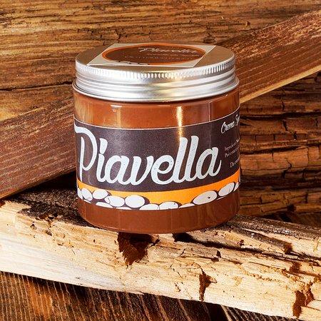 Maserada sul Piave, Italië: Crema Spalmabile senza lattosio,ingredienti, nocciole, zucchero, cacao, olio di girasole. shop online ciottolidelpiave.it