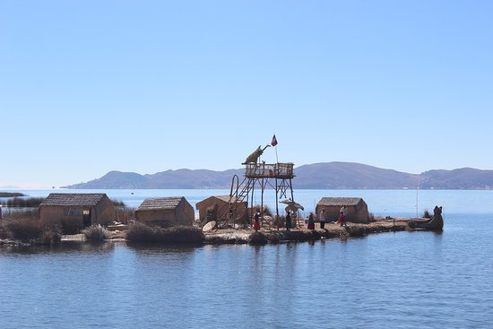 Uros Floating Islands: Llegando a la isla