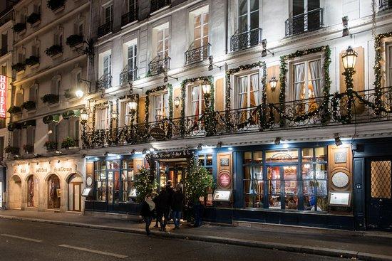 facade le procope - Cafés em Paris: Um guia completo dos cafés mais famosos da cidade luz - paris