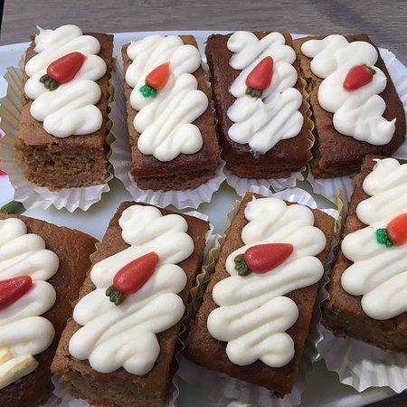Camelford, UK: Carrot cake