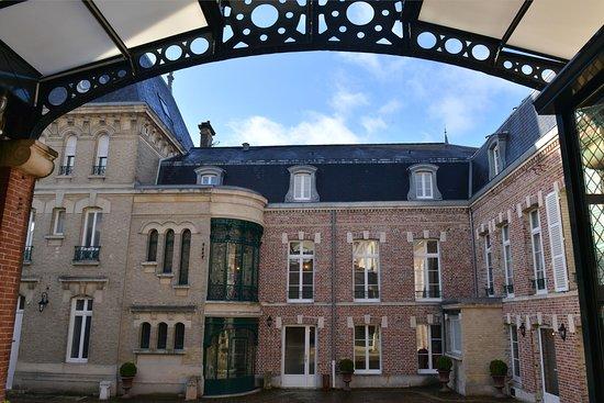 Hotel Castel Jeanson