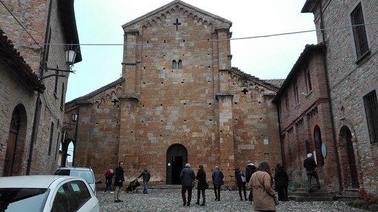 Borgo Castell'Arquato: chiesa