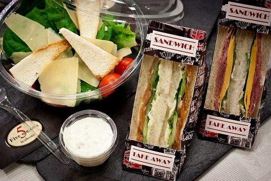 Five o'Clock teahouse: Салаты и сэндвичи