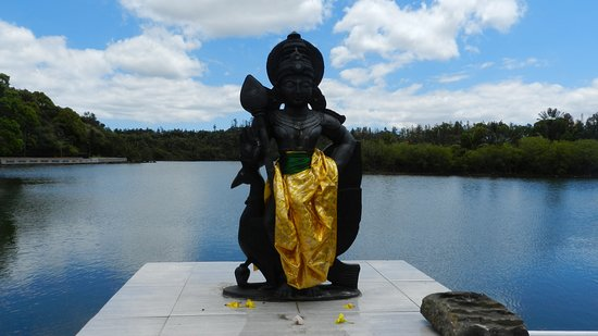 Savanne District: Statua  Hindu