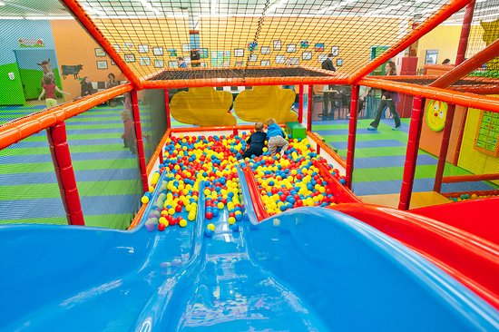 Zippy Zoom Indoor Playground - Farm