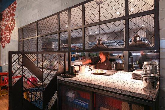 Rosa's Thai Cafe Bluewater kitchen