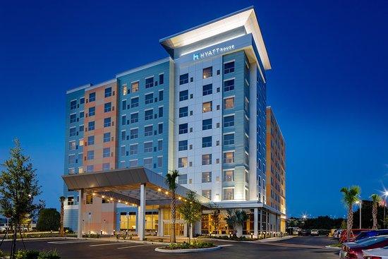 Window View - Hyatt House Across From Universal Orlando Resort Photo