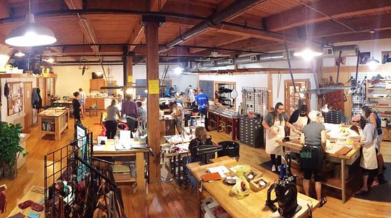Chicago School of Shoemaking and Leather Arts