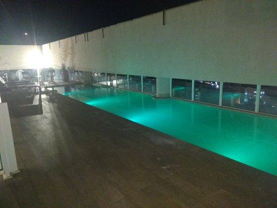 Фотография Dubai Suites