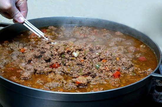 Masaryktown, فلوريدا: Cuba's most popular blue plate dish. finely grounded beef braised with tomatoes, olives, onions, red and green peppers.