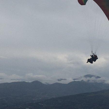 Tungurahua Paragliding School