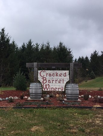 Cracked Barrel Winery & Vineyard