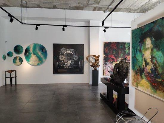 Es.Arte Gallery