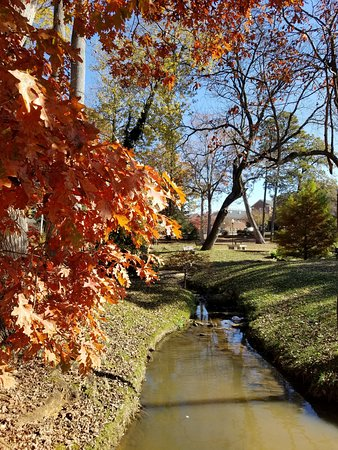 Boiling Springs, NC: fall abounds