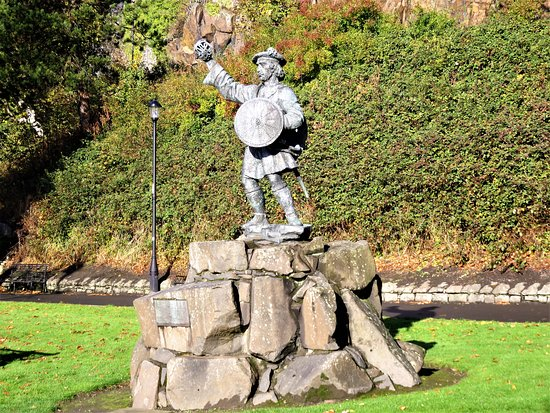 Rob Roy McGregor Statue