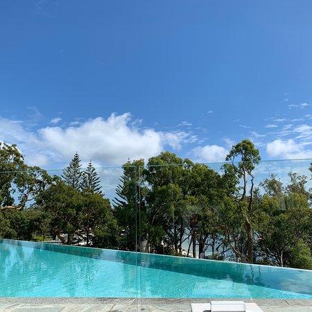 Amazing place, freezing pool