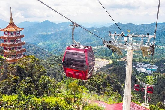 Genting Highlands En-route Batu Caves Day Tour with Authentic Indian Lunch Private & Guided