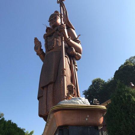 Bhaktapur, Nepal: Kailashnath Mahadev Statue