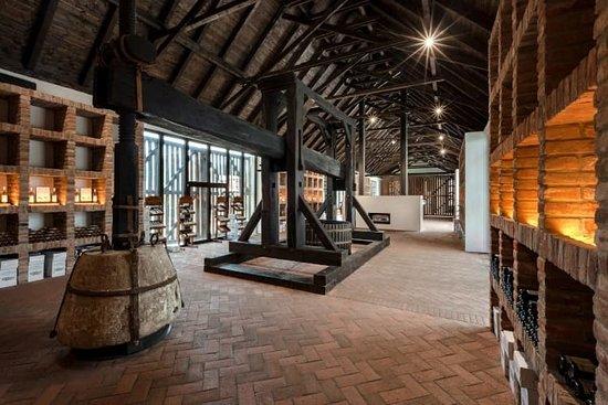 Vinařská stodola (Wine barn) CHÂTEAU VALTICE