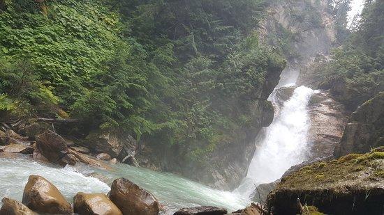 Rogers Pass, Kanada: Bear Creek Falls