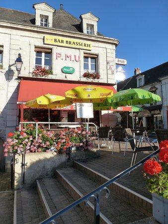Au Bon Coin Les Rosiers Sur Loire Place Jeanne De Laval